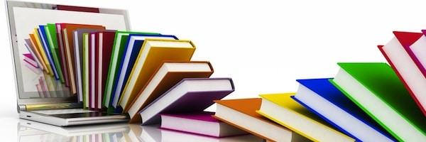 plusieurs livres de couleurs pour rappeler la bibliothèque